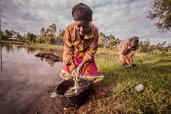 Doing laundry | Kenya (ReinierVanOorsouw) Tags: kenya health wash kenia hygiene ngo sanitation kakamega kenyai kisumu beyondborders gezondheid qunia  simavi   beyondbordersmedia beyondbordersutrecht sanitatie ngoproject