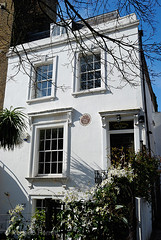 Former house of the essayist Charles Lamb in Duncan Terrace, Islington, London, England (Roberto Herrett) Tags: uk england house london home vertical outside exterior islington n1 stockphoto charleslamb duncanterrace rherrettflk charleslambs