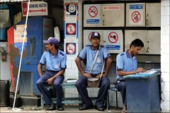 Signs (Vincentdevincennes) Tags: portrait people india colors streetlife kolkata inde westbengal