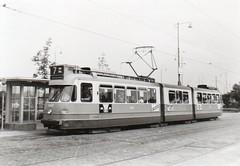 660 bij Amstelstation (Hartenhof) Tags: amsterdam tram 1965 gvb amstelstation werkspoor lijn7 tramlijn gvba gvbamsterdam geledetram