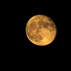 Monthly attempt (trs125) Tags: october fullmoon bloodmoon