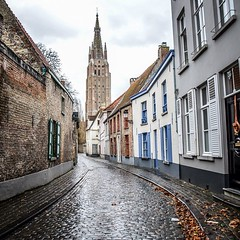 Bruges, Belgium (beart-presets.com) Tags: street travel blue ireland red italy dublin architecture wonderful square photography photo nikon europe pretty doors places squareformat bruges format dub hdr app lightroom beart presets d7000 iphoneography instagram instagramapp uploaded:by=instagram