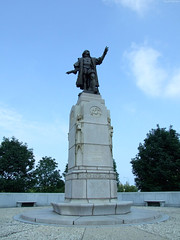 """Columbus Statue at Museum Campus • <a style=""""font-size:0.8em;"""" href=""""http://www.flickr.com/photos/34843984@N07/15540851232/"""" target=""""_blank"""">View on Flickr</a>"""