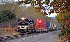 21Q: Laurel Highlands Autumn (Images by A.J.) Tags: railroad autumn atlanta heritage fall train highlands pittsburgh ns norfolk trains stack container southern pa savannah laurel derry emd intermodal sd70ace