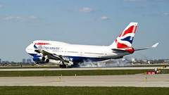 And we have touchdown at 31 minutes past the hour (MIDEXJET (Thank you for over 2 million views!)) Tags: britishairways boeing747436 gbnlk boeing boeing747 boeing747400 747400 747436 747 chicago chicagoillinois chicagoohare ohare ord kord speedbird boeingcommercialaircraft boeingcommercialairplanecompany illinois unitedstatesofamerica chooseohare fly2ohare flyohare