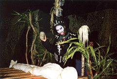 2001, Knott's Scary Farm (jericl cat) Tags: 2001 halloween night scary farm swamp horror maze ritual redneck voodoo haunt knotts backwoods mazes berryfarm bloodbayou