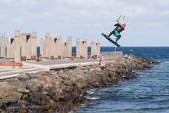 kitesurf (susodediego ) Tags: kitesurf kiteboarding elburrero ingenio grancanaria canaryislands em10markii sureste thegalaxy infinitexposure autofocus vividstriking soe contactgroups