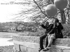 love (designsHOBBYPHOTOGRAPHY) Tags: love valentine valentinesday young couple portrait people balloon kiss