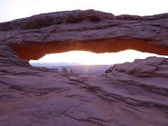 P1030390 (torra.mike) Tags: canyonlands islandinthesky mesaarch dawn sunrise