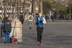 Place de la République - Paris (France) (Meteorry) Tags: europe france idf îledefrance paris parispeople candid street rue streetscene placedelarépublique république matin rituals rituels man homme male running sportif sporty guy jogging people parisien march 2017 meteorry
