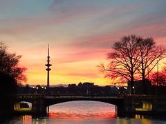 Schwanenwikbrücke 03 (Torsten schlüter) Tags: deutschland hambug alster sunset wasser 45mm 2017 himmel sonnenuntergang brücke dämmerung