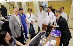 10-13-2014 Governor Bentley tours UAB Emergency Operations