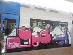 paese piccolo gente piccola/stat' senz' pensier (en-ri) Tags: yoga train writing torino graffiti crew mf viola fucsia pevs nocab