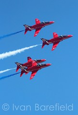 Farnborough Airshow (skippys 999 site) Tags: plane display airshow planes reds farnborough redarrows