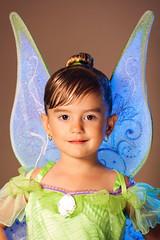 Tinkerbell (fernando_torres_go) Tags: portrait halloween canon retrato 85mm disfráz offcameraflash canonef85mmf18usm 430exii 1000d yongnuoyn565ex
