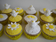 Cupcakes Comuniòn (Pastelera Bakery Shop) Tags: palmademallorca pasteles islasbaleares pastelesdecorados pastelesdecoradospalmademallorca