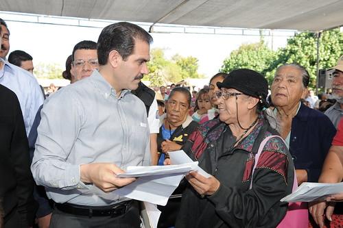 Guillermo en gira de trabajo por Empalme.