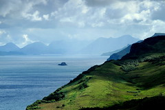 Isle of Skye, Scotland (PeterCH51) Tags: sea seascape skye nature landscape island coast scotland scenery isleofskye innerhebrides isle hebrides peterch51