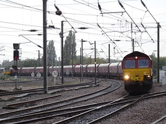 66061 (marcus.45111) Tags: york train gm flickr railway coal freight dbs 2014 eastcoastmainline electrification class66 66061 sonycameras modentraction