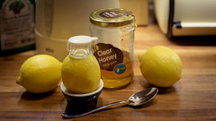 126:365 ([eyewitness]) Tags: oneaday lemon honey 365 ef50mmf14usm hotlemon project365 365days canoneos6d