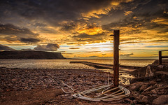 Gamrie (avaird44) Tags: dusk evening sunset clouds sea shore coast rope rocks post crovie aberdeenshire scotland 6d canon