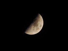 MOON0304 PhDi-65 (Tom Moussie) Tags: moon lune lua luna astro astrophotography photography photo pictures lunar lro craters crater halfmoon mareserenitatis maretranquilitatis marecrisium mareimbrium apollo apollo11 telescopes télescope bbc