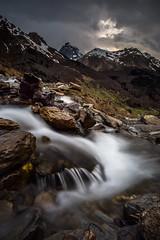 Ruisseau de Soques, Pyrénées (Hervé D.) Tags: ossau pourtalet montagne mountain pyrénées pirineos soques torrent ruisseau rivière caillou de