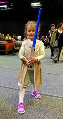 world's cutest jedi padwan 01 (byronv2) Tags: melodi girl young youngling padwan rey cosplay starwars lightsaber edinburgh edinburghcomiccon edinburghcomiccon2017 cute sciencefiction child kid