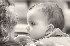 'Mother's Touch' (Canadapt) Tags: baby infant mother touch bw street loures portugal canadapt