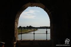 DSC08702t (bornvoyage) Tags: france avignon provence pont davignon bridge lavender cut 法國 亞維儂 亞維儂大橋 橋 古橋 old oldbridge 薰衣草 river rhone 羅納河 普羅旺斯