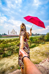 #followmeto (Harshal Orawala) Tags: taj india tajmahal followmeto 121clicks girl beautiful agra pose sky