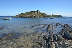 Cadaqués (RarOiseau) Tags: espagne catalogne cadaqués mer rocher bateau saariysqualitypictures