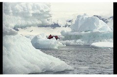 1998_12-007-25-G (becklectic) Tags: antarctica 1998 iceberg zodiac icefloe views100 antarcticpenninsula worldtrekker