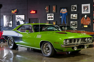 1971 Plymouth 340 Barracuda Coupe - Sassy Grass Green
