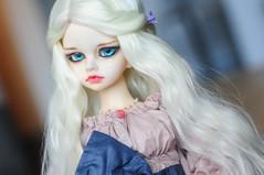 New dress for Ms Dragon <3 (Athena Roseanna Tse) Tags: doll dragon bjd dim kassia balljointeddoll dollinmind