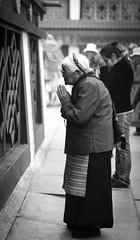 20140912-L1002861111222 (Dennis Wu6) Tags: street leica nepal 2 bw photography singapore 14 rangefinder tibet kathmandu 50 35 旅行 黑白 小印度 duba m9 人文 西藏 布达拉宫 街拍 尼泊尔 加德满都 博卡拉 大昭寺 新加坡 金沙 pokhra summcrion