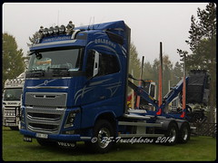 LBT RAMSELE 2014 F900- 1360 (PS-Truckphotos) Tags: truck sweden timber schweden fotos trucks sverige stm meet trucking lastwagen lkw 2014 strngns 2015 lastbil truckshow ramsele bjrkvik woodtruck supertrucks langholz holztransport truckpics truckspotter truckspotting truckertreffen truckphotos truckmeet timbertruck showtrucks truckfotos lkwfotos kurzholz pstruckphotos lbtramsele2014f900 lastbilstrffen strngnstruckmeet lkwpics lastwagenfotos lastwagenbilder