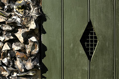 Day #2487 (cazphoto.co.uk) Tags: wood abstract window architecture mesh diamond flint divided chelmsford hylandspark project365 flintcottage canon50mmeff14usm 221014 canoneos5dmkiii beyond2192 2014th73