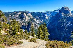 USA-120613-311 (Kelly Cheng) Tags: california travel blue usa color colour green tourism nature sunshine horizontal daylight us colorful day outdoor unitedstatesofamerica sunny bluesky nobody nopeople unesco northamerica yosemitenationalpark colourful glacierpoint traveldestinations