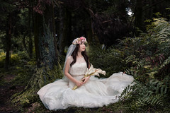 [bride] in the forest (pooldodo) Tags: wedding white flower forest bride prewedding   pooldodo taotzuchang
