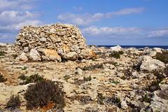 The shrine on the island (Red Cathedral [FB theRealRedCathedral ]) Tags: sonyalpha a77markii a77 mkii alpha sony sonyslta77ii slt evf translucentmirrortechnology redcathedral streetart streetphotography hiking alittlebitofcommonsenseisagoodthing malta sea island february sun wintersun saintpaulsbay sanpawlilbahar