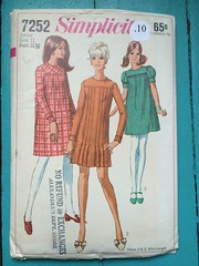 Simplicity 7252 (kittee) Tags: vintage kittee vintagesewing vintagepattern pattern simplicity7252 7252 simplicity junior teen youngjunior size11 bust3112 dress oked longsleeves puffsleeves shortsleeves pleats buttonedcuffs 1967 1960s