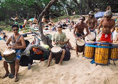 Little Beach Drum Circle, Maui (Shalom_Bernstein) Tags: hawaii maui beach company frieds littlebeach makena kihei unitedstates us