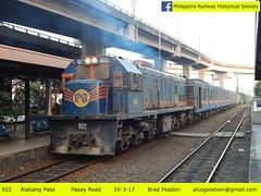 922 - Pasay Road Station (Manila) (alcogoodwin) Tags: ge u15c pnr philippinenationalrailways philippinerailwayhistoricalsociety locomotive alabang manila commuter commuters railway transportation transit 922