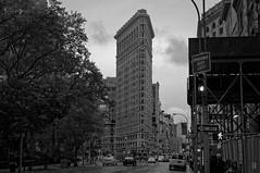The Flat Iron (Leguman vs the Blender) Tags: manhattan midtown nyc newyork nikond90 bw black white
