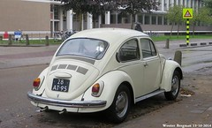 Volkswagen Beetle 1973 (XBXG) Tags: auto old holland classic netherlands car amsterdam vintage germany volkswagen deutschland automobile beetle nederland voiture german cox paysbas 1973 deutsch kfer ancienne coccinelle kever volkswagenbeetle duits allemande sidecode3 28at95