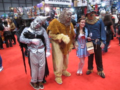 Wizard of Oz (Docking Bay 93) Tags: new york west dorothy tin comic cosplay witch scarecrow lion east wicked comiccon toto con woodsman 2014 cowardly nycc