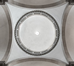 Venedig - San Giorgio Maggiore (srmurphy) Tags: world italien light italy building church architecture square lights licht europa europe italia year kirche decke architektur format form bauwerk dach venezia rund venedig gebude lichter reise welt quadratisch sangiorgiomaggiore 2014 kuppel s100 gewlbe innenaufnahme canonpowershots100
