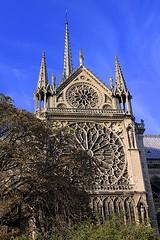 Notre-Dame Cathedral (oxfordblues84) Tags: sky paris france building church architecture europe cathedral bluesky notredamecathedral frenchgothic ledelacit rosewindow roadscholar archdioceseofparis roadscholartour
