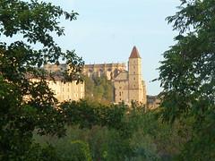 la tour d'armagnac (domclavaud) Tags: soleil pierre matin auch gascogne gers midipyrnes tourdarmagnac